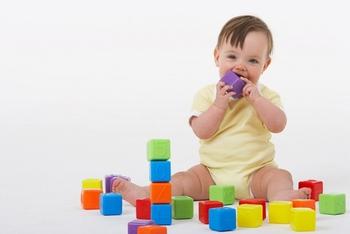 Развивающие игры для детей с 6 месяцев