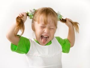Непослушный ребенок 2 года, что делать?