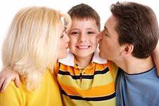 Как правильно хвалить своего ребенка?